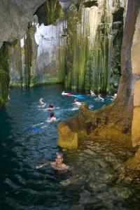 Sawa-i-lau-caves