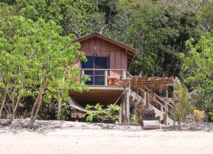 Jungle Bure Mantaray Island Resort