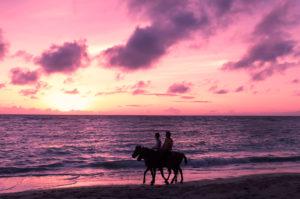 Have A Romantic Fijian Christmas On The Beach